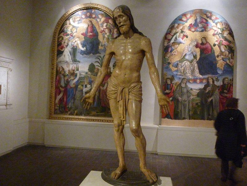 Lucca 4: San Paolino church, Giotto, the Villa Guinigi museum